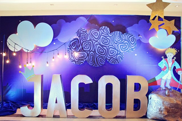 Jacob 39 s the little prince themed party 1st birthday for Baby shower stage decoration