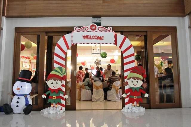 Andres and Abigail's Santa's Workshop Themed Party – 1st Birthday ...